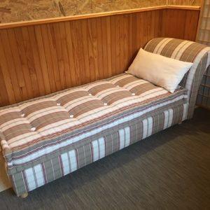 canapé lit sur mesure de fabrication française par l'entreprise literie toullec