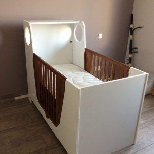 Fabrication d'un lit d'enfant et de son matelas, 100% artisanal et français, par la Literie Toullec en Bretagne